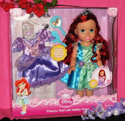 Princess Ariel Doll with Heart Necklace Closeup